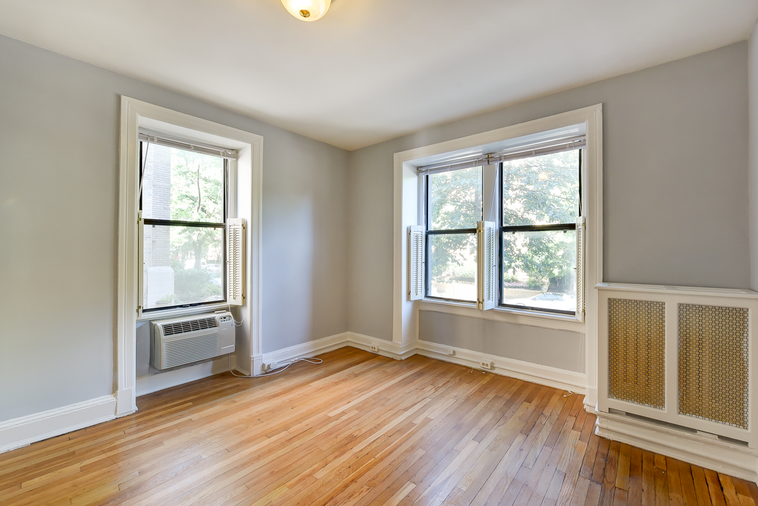 The Shawmut-Bedroom-DC-Apartment Rentals